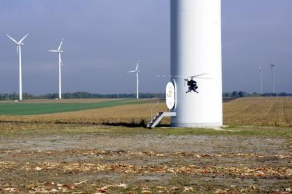 Flug im Windpark