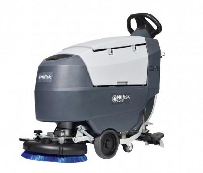 Die neue Scheuersaugmaschine SC401 versteckt in ihrem kompakten Korpus große Reinigungsleistung und Flexibilität.